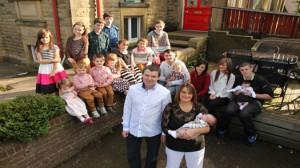 La famille Radford et ses 17 enfants au complet